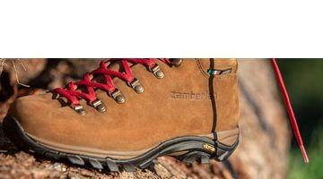 Zamberlan-320-New-Trail-Lite-EVO-BLOG-5d38713b02e58e2f9cdb0b65