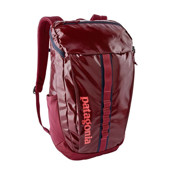 Patagonia Black Hole Pack Red